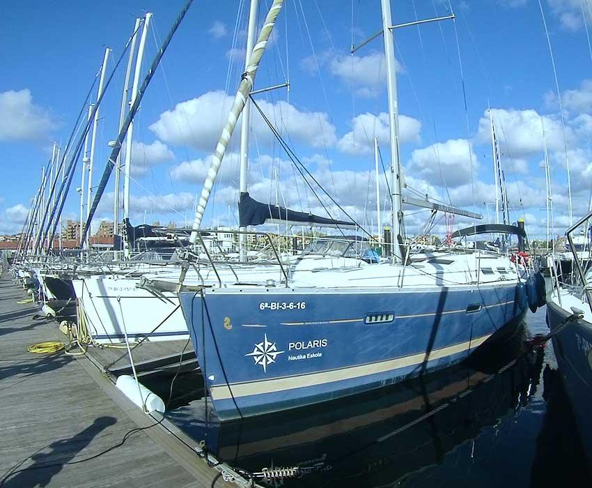 Polaris bat embarcación de recreo